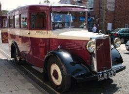 1937 vintage bus for weddings in Southampton